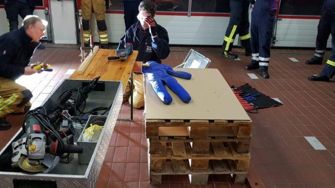 Übungsdienst - Maschinenunfälle - Ofw Osterholz-Scharmbeck